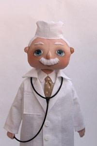 Выкройка куклы доктора
